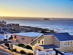 Piece of Paradise - Piece of Paradise is just that. A four bedroom holiday home with unrivaled views of Yzerfontein's idyllic bay, it's the perfect place for families, friends, sports and nature aficionados alike.   With ... #weekendgetaways #yzerfontein #southafrica