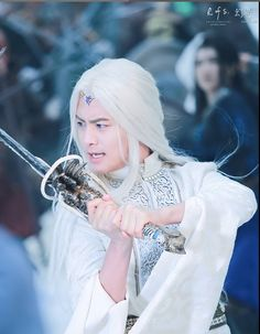 MA Tian Yu - C Pop and Chinese actor- Ice Fantasy and Legend of the Ancient Sword. Ice Fantasy, Fantasy Movies, Ma Tian Yu, Opening Credits, Yuri Plisetsky, Japanese Drama, Martial Artist, Snow Queen, Lee Min Ho