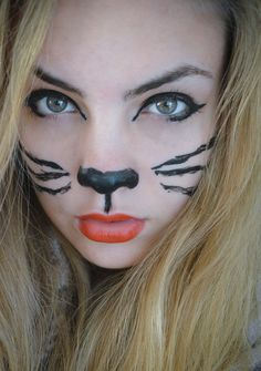 Get Younger Looking Eyes: Theater Make-up For The Phase And Halloween Enjoyable