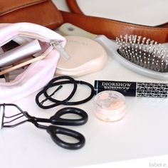 lisbet e.: what's in my bag?
