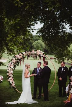Save money by sending flowers directly with a Local Florist. Bush Wedding, Tree Wedding, Gifts For Wedding Party, On Your Wedding Day, Wedding Ceremony, Elegant Wedding, Floral Wedding, Wedding Colors, Rustic Wedding
