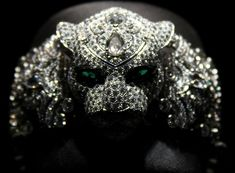 Cartier Artistic Crafts & High Jewelry Watches For 2012 I Love Jewelry, High Jewelry, Jewelry Accessories, Jewelry Design, Unique Jewelry, Cartier Jewelry, Jewelry Watches, Jewellery, Cartier Panther Ring