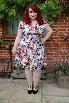 Curvissa Floral Summer Tea Dress - She Might Be Loved Fat Fashion, Plus Size Fashion, Fashion Beauty, Plus Size Beauty, Beauty Full, Party Dress, Fashion Dresses, Summer Dresses, Floral