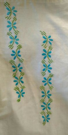 Garden Flowers DIY Embroidery Kit Printed Pattern Linen Hoop Art Home Wall Decor Gift Simple Embroidery Designs, Basic Embroidery Stitches, Hand Embroidery Videos, Hand Work Embroidery, Creative Embroidery, Diy Embroidery, Embroidery On Kurtis, Kurti Embroidery Design, Floral Embroidery Patterns