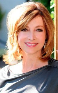 Sharon Lawrence Actress Sharon Elizabeth Lawrence is an American actress, singer, and dancer. She is best known for the role of Sylvia Costas Sipowicz in the ABC drama series NYPD Blue. Wikipedia