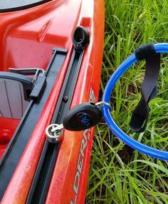 A locking system to lock your kayak up outdoors on your dock, to a tree, or to your car or roof rack.