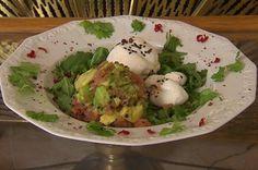 Burrata auf Rucolabett, dazu Lachstatar (Tabea Heynig) - Rezept - kochbar.de