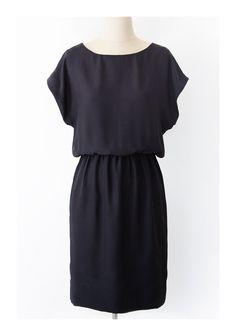 Pattern Runway - Easy Short Sleeved Dress Pattern (PDF)