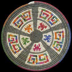 Tapestry Crochet Patterns, Crochet Stitches Patterns, Crochet Art, American Indian Art, Native American Art, Weaving Art, Hand Weaving, Basket Weaving Patterns, Navajo Art