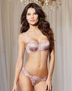 adore-me_winter_05_kylah_007_web__kylah-sexy-pink-perfect-push-up-balconette-bras-multi-way-strapless-bra-for-women-womens-designer-lingerie.jpg (750×956)