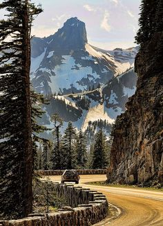 Highway 410 Westbound, about a mile west of Chinook Pass, with Little Tahoma Peak in the background. Washington, USA (by Doug Mahugh on Flickr).