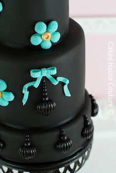 Tiffany Blue-Couture Cakes. I love the contrast with the black!