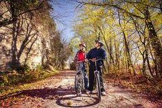 Bike Missouri's Katy Trail in fall! Details: http://www.midwestliving.com/travel/missouri/bike-missouris-katy-trail/