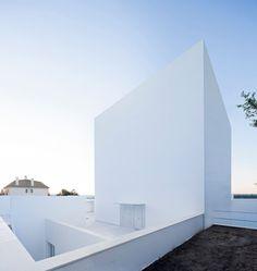 Cala House - Picture gallery #architecture #interiordesign #white