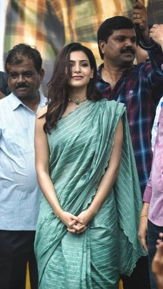 Exclusive photos of the beautiful Samantha Akkineni from various pre release events of her upcoming movie JAANU. Classy Outfits For Women, Clothes For Women, Samantha Photos, Samantha Ruth, Cotton Saree Blouse Designs, Designer Sarees Wedding, Samantha Wedding, Glamour Ladies, Saree Look