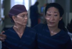 Grey's Anatomy Video: Shonda Rhimes Reflects on Show's No. Meredith Grey, Meredith And Christina, Grey Anatomy Season 10, Grey's Anatomy Wallpaper Iphone, Fall Tv, Dark And Twisty, Sandra Oh, Cristina Yang, Ellen Pompeo