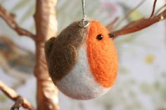 Memory robin, needle felted robin, memory bauble, robin tree decoration, hanging charm decoration to remember a loved one, ready now by WrenAndRobinDesigns on Etsy https://www.etsy.com/uk/listing/559116692/memory-robin-needle-felted-robin-memory