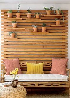 Outdoor sitting area for small spaces