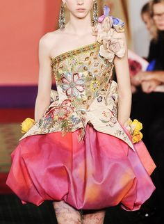 Love the shape of peplum Beading and colors used  :  Christian Lacroix Spring/Summer 2006 Haute Couture