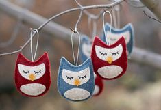 Sweet little owl ornaments I made out of felt from an original design.  Blogged