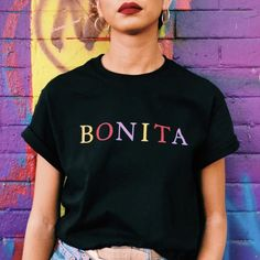 New wave bonita t-shirt - Shirt Casuals - Ideas of Shirt Casual - Keep it cool and casual in our New Wave Tee. Design features a combination of some of our favorite colors. Tees are unisex sizes and are cotton. Machine wash cold with like colors. Urban Apparel, Mockup Camisa, Wave T Shirt, Cool T Shirts, Casual Shirts, Trendy T Shirts, Pretty Shirts, Colorful Shirts, Mexican Shirts