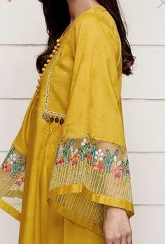 Pakistani Fashion Casual, Pakistani Dresses Casual, Pakistani Dress Design, Kurta Designs Women, Kurti Neck Designs, Dress Neck Designs, Stylish Dresses For Girls, Stylish Dress Designs, Embroidery Suits Design
