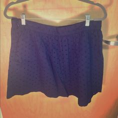 Navy Gap skirt This is a navy Gap eyelet skirt. It has only been worn a few times and is in good condition. It's a summery skirt. Price is negotiable. GAP Skirts Mini