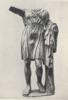 Статуя Сизифа I с Монумента фессалийцев. Мрамор. 335 г. до н. э.