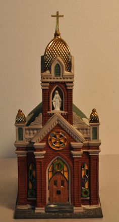 "Dept. 56 Heritage Village Christmas in the City ""Holy Name Church"" #58875 58892"