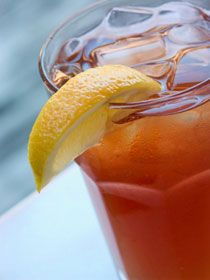 SoulfoodQueen: How to Make Southern Sweet Tea Recipe