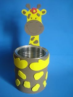 Pick a helper stick holder or for pencils too! Kids Crafts, Tin Can Crafts, Foam Crafts, Diy And Crafts, Paper Crafts, Giraffe Crafts, Animal Crafts, Diy Spray Paint, Recycled Crafts