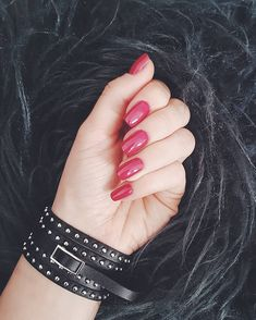 Red pink rock nails Rock Nails, My Nails, Red And Pink, Lipstick, Beauty, Instagram, Jewelry, Jewels, Schmuck