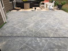How to create a faux tile look on concrete patio using Daich SpreadStone products, a 5 step faux finish that gives the look of real tile. Painted Concrete Floors, Concrete Porch, Concrete Color, Concrete Stone, Painting Concrete, Concrete Tiles, Stained Concrete, Outdoor Flooring, Stone Flooring