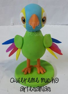 SOUVENIRS LORITO PEPE CANCIONES DE LA GRANJA Kids Party Themes, Tweety, Character, Parrot, Crafts For Kids, Candles, Lettering