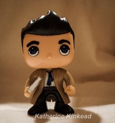 The Angel of Thursday Castiel made quite an appearance on the Show. He pulled our Hero Dean from Hell, for Gods purposes. Supernatural Fan Art, Castiel, Custom Pop Vinyl, Vinyl Dolls, Super Natural, Sam Winchester, Crowley, Funko Pop Vinyl, Hero