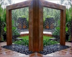 51 Simple and Seren DIY Water Feature Ideas to Get a Peaceful Sound of Falling Waterfall - DIY Garten Landschaftsbau Diy Water Feature, Backyard Water Feature, Modern Water Feature, Garden Shower, Garden Fountains, Water Fountains, Diy Water Fountain, Outdoor Fountains, Fountain Ideas