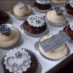 Silver wedding anniversary cupcakes by candyscupcakes.co.uk