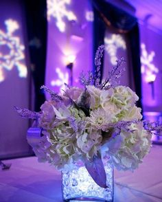 Spectacular attention detail at this beautiful #Holiday party. Love the…