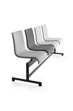 Colección de sillas y taburetes modelo Asia de Crassevig diseñado por Enrico Franzolini. Mobiliario de diseño para oficinas, contract o hogar. (Espacio Aretha agente exclusivo para España).
