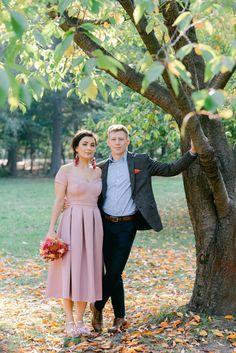 Fotograf Cununie Civilă București Sector 1 | Fotograf nuntă București Civil Wedding, Bridesmaid Dresses, Wedding Dresses, Midi Skirt, Skirts, Fashion, Bridal Dresses, Moda, Skirt