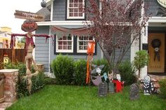 the nightmare before christmas yard decorations she made lock shock outdoor halloween decorations
