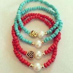 Siguenos Facebook e Instagram #zowiecreations #bracelets #blue #red #pearls #gold #casualstyle #beach #summer #handmade #jewerly #pr
