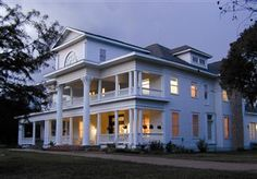 Clement Newton Bassett Estate in Sugar Land / Houston, TX    Bedrooms: 8   Bathrooms: 7+   Square Feet: 9,250   Lot Description/Acreage:  2 acres   Year Built:  1912   Architect/Builder:  Antebellum Style home