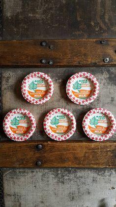 Vintage Milk Bottle Caps/ Red Stars/ Maple Leaf by Lauralous on Etsy