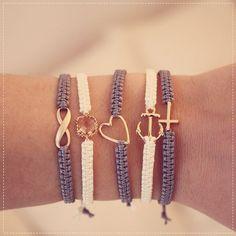 DIY make friendship bracelets- DIY Freundschafts-Armbänder knüpfen Freundschaftsarmbänder - Bracelet Crafts, Macrame Bracelets, Jewelry Crafts, Crochet Bracelet, Jewelry Bracelets, Anchor Bracelets, Macrame Bracelet Patterns, Silver Bracelets, Diamond Earrings