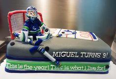 canucks hockey cake