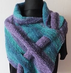 Knitting Patterns Poncho Approximate size with my handspun yarn / Approximate size with my handspun yarn Poncho Knitting Patterns, Knitting Stitches, Hand Knitting, Crochet Patterns, Knitted Shawls, Crochet Scarves, Crochet Yarn, Sewing Scarves, How To Purl Knit