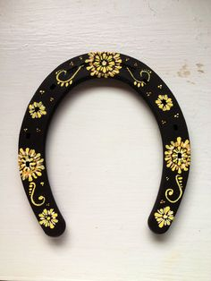 Hand-painted Horse shoes on Etsy, $25.00