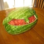 watermelon turtle- super easy- my 3 year old even helped #watermelon #art #carving #summer #fruit #sculpture #food