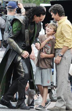 Tom Hiddleston+Mark Ruffalo